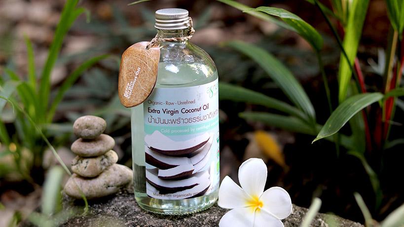 Кокосово масло - уникални приложения в козметиката и кулинарията